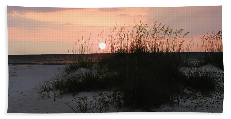 Dune Sunset Hand Towel featuring the photograph Dune Sunset by Bill Cannon