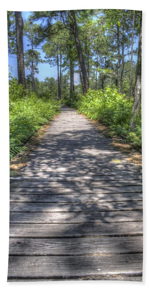 Weeks Bay Hand Towel featuring the photograph Easy Path by David Troxel