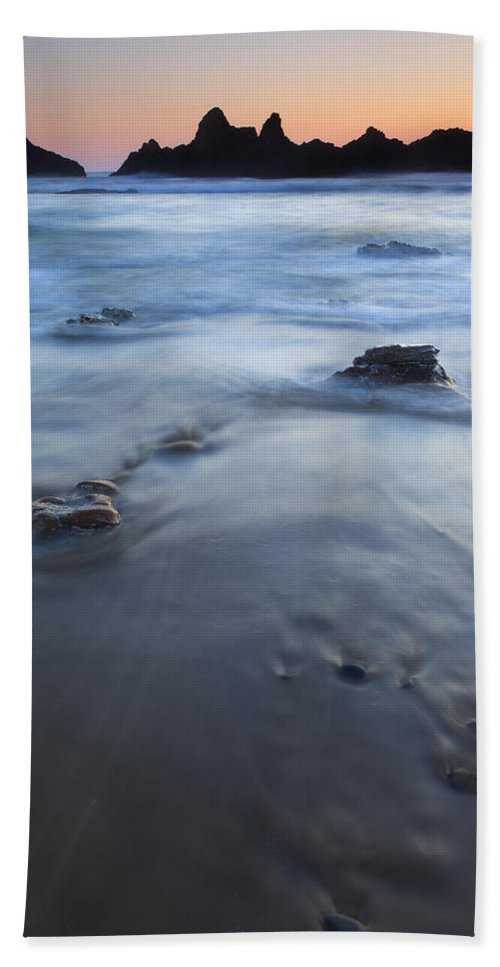 Seal Rock Hand Towel featuring the photograph Ebb Stones by Mike Dawson