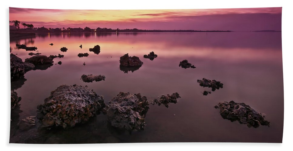 Sunrise Bath Sheet featuring the photograph Edge Of A New Day by Evelina Kremsdorf