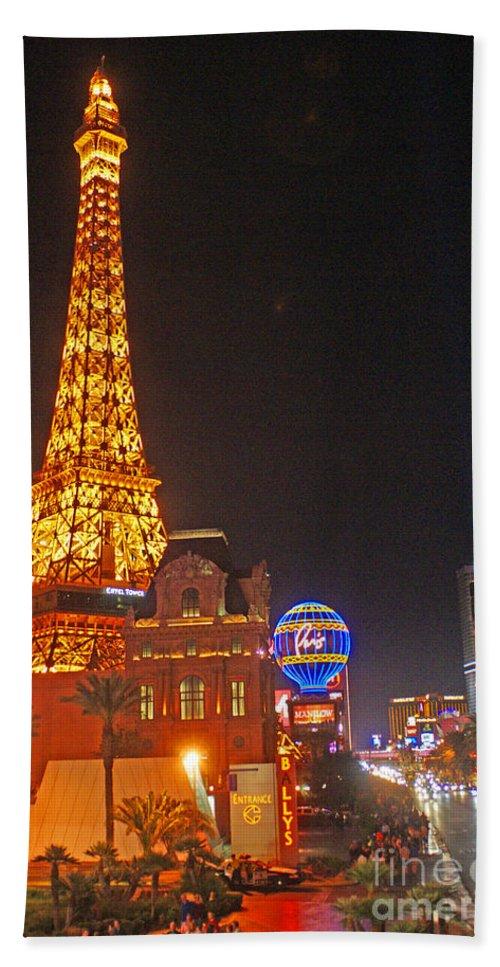 Las Vegas Bath Sheet featuring the photograph Eiffel Tower by Randy Harris