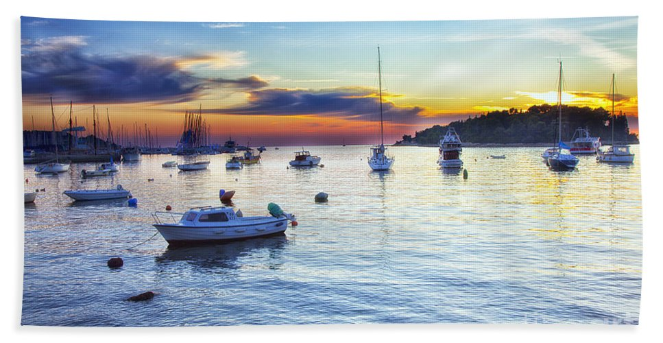 Boats Bath Sheet featuring the photograph End Of Day by Madeline Ellis