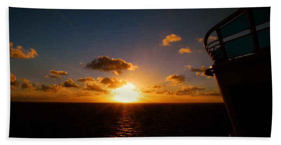 Sunset Hand Towel featuring the photograph End Of The Day by Gary Wonning