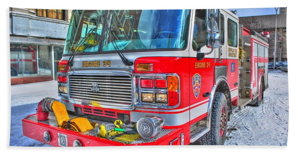 Bath Sheet featuring the photograph Engine 34 Readied Up by Michael Frank Jr