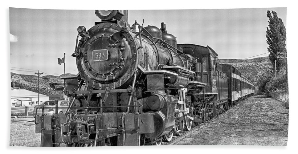 Train Bath Sheet featuring the photograph Engine 593 by Eunice Gibb