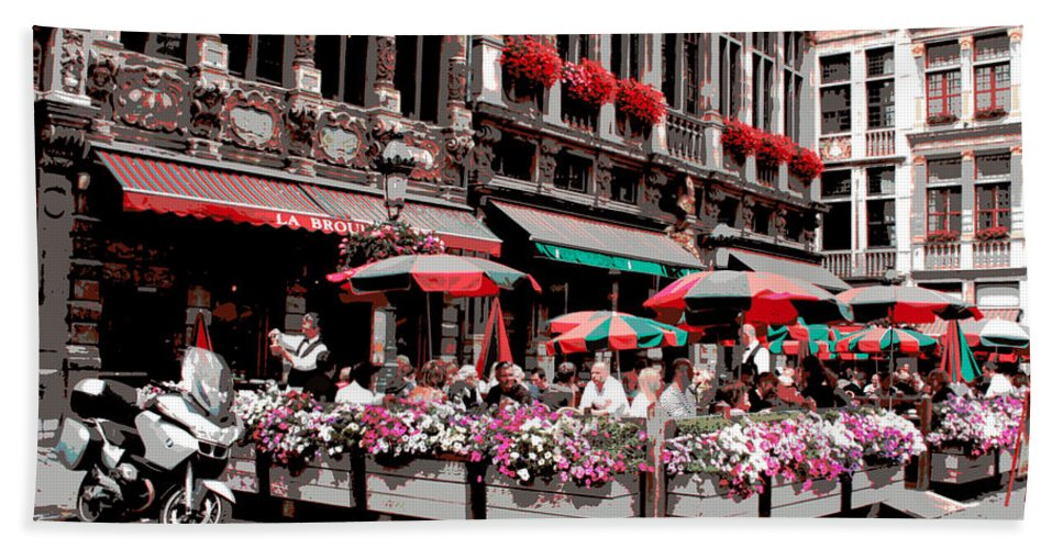 The Grand Place Hand Towel featuring the photograph Enjoying The Grand Place by Carol Groenen
