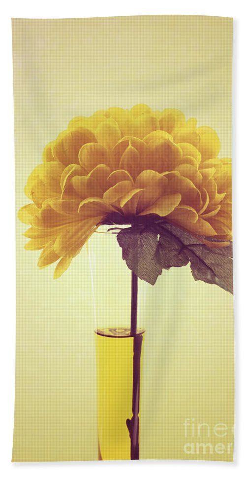 Yellow Bath Sheet featuring the photograph Estillo - S03-y01r by Variance Collections