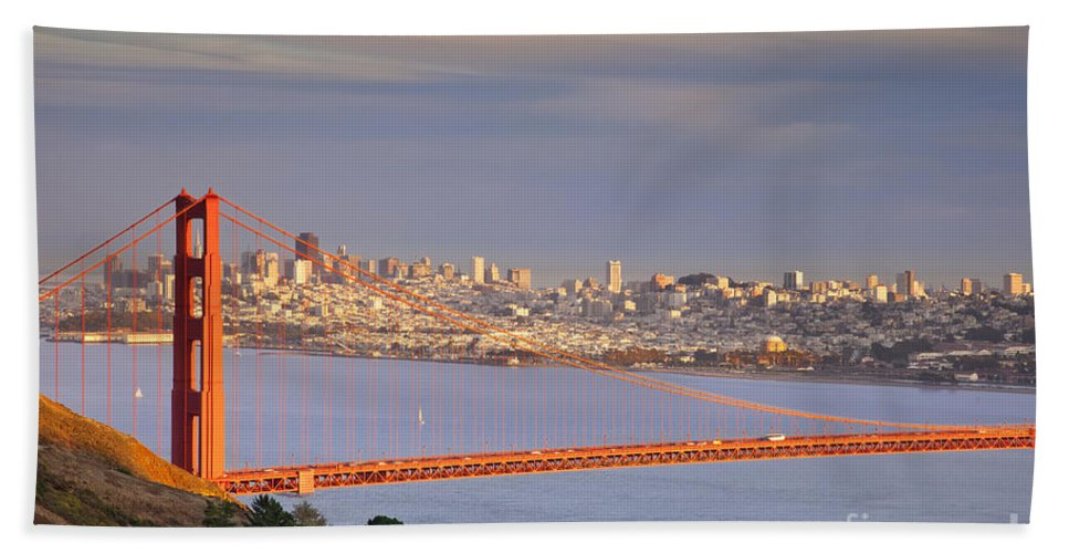 Golden Hand Towel featuring the photograph Evening Over San Francisco by Brian Jannsen