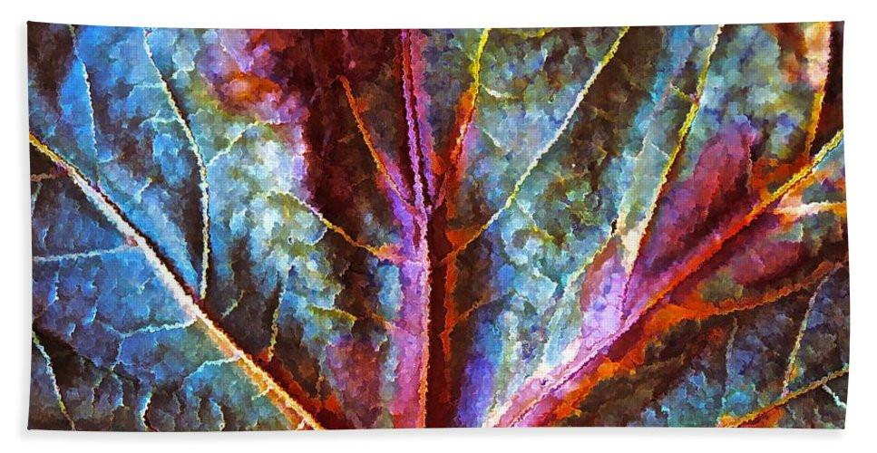 Fall Abstract Bath Sheet featuring the photograph Fall Up Close by Gwyn Newcombe