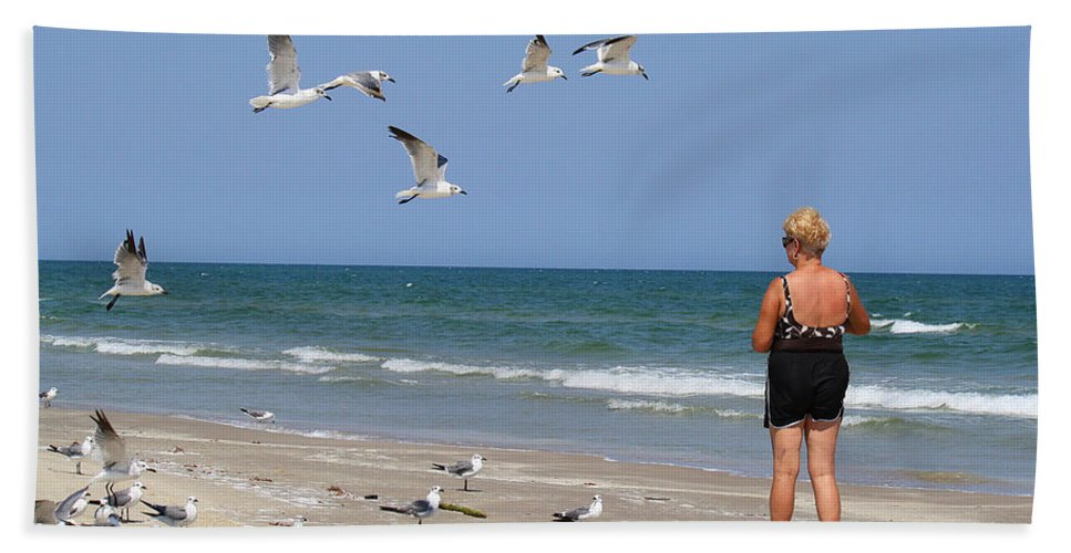 Roena King Hand Towel featuring the photograph Feeding The Sea Gulls by Roena King