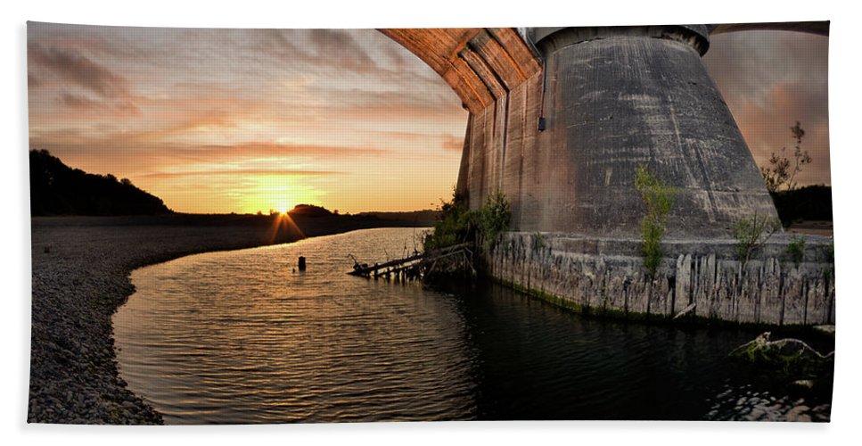 Fernbridge Bath Sheet featuring the photograph Fernbridge Sunset by Greg Nyquist