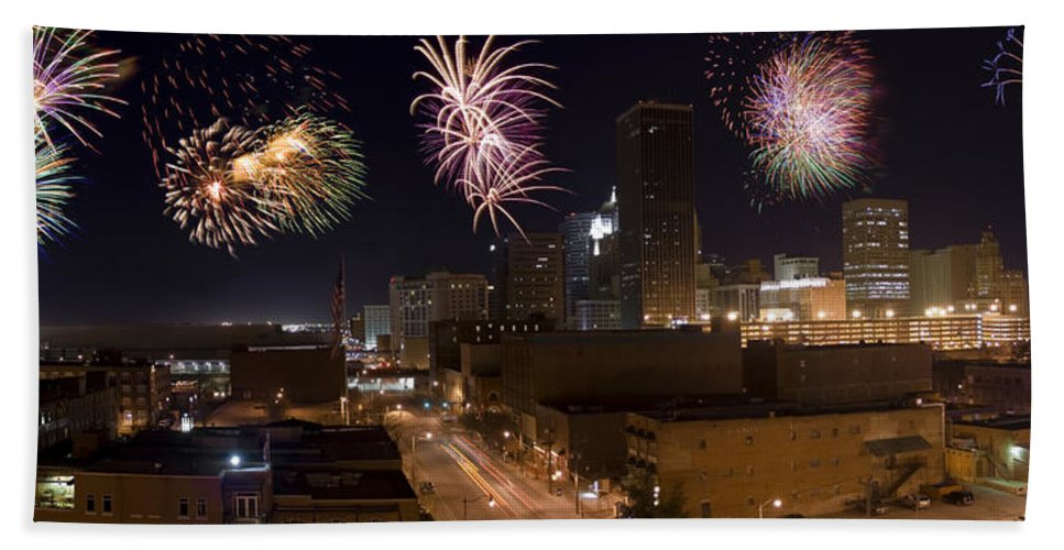 Architecture Hand Towel featuring the photograph Fireworks Over The City by Ricky Barnard