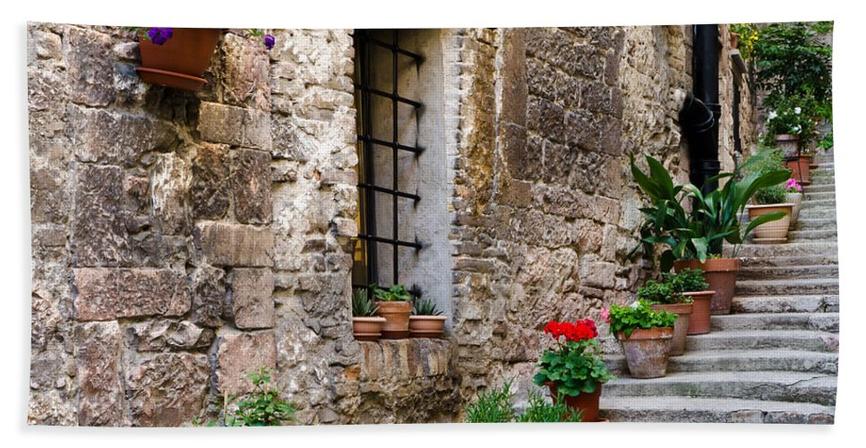 Stairway Hand Towel featuring the photograph Flowered Stairway by Jon Berghoff