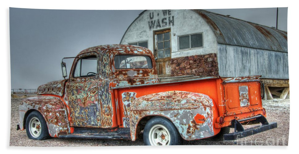 Ford Truck Bath Sheet featuring the photograph Ford At The U We Wash by Bob Christopher