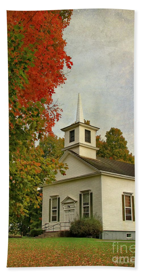 Church Hand Towel featuring the photograph Franklin Church by Deborah Benoit