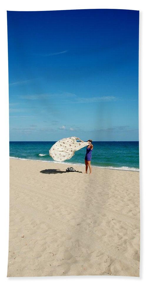 Women Hand Towel featuring the photograph Freedom From Sand by Rob Hans