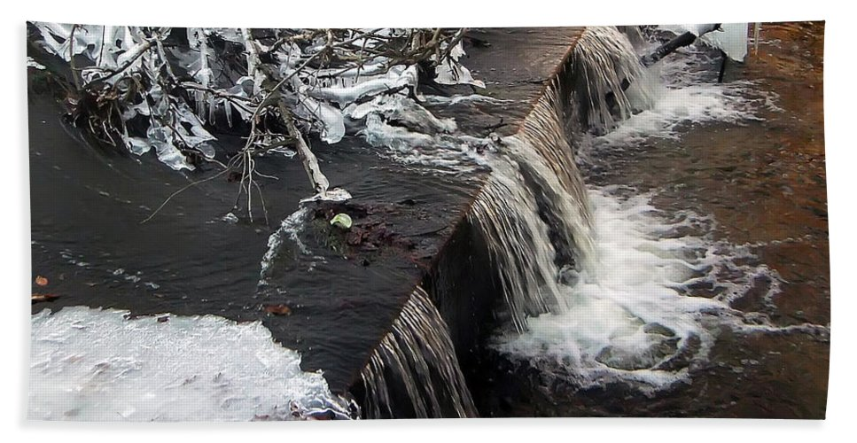 2d Bath Sheet featuring the photograph Frigid Falls by Brian Wallace