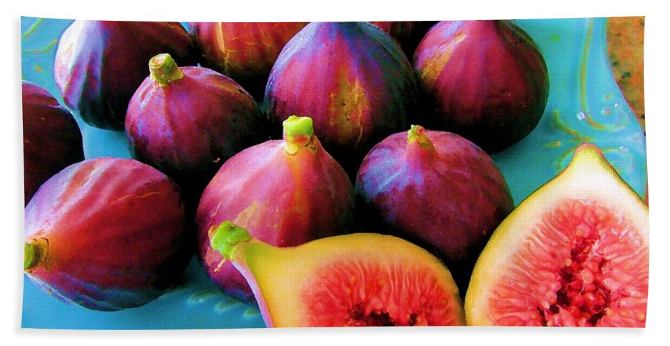 Fruit Hand Towel featuring the photograph Fruit - Jersey Figs - Harvest by Susan Carella
