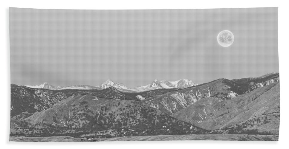 'full Moon' Bath Sheet featuring the photograph Full Moon Setting Over The Co Rocky Mountains Bw by James BO Insogna