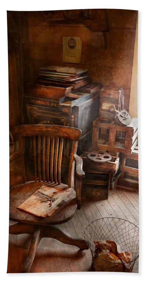 Office Hand Towel featuring the photograph Furniture - Chair - The Engineers Office by Mike Savad