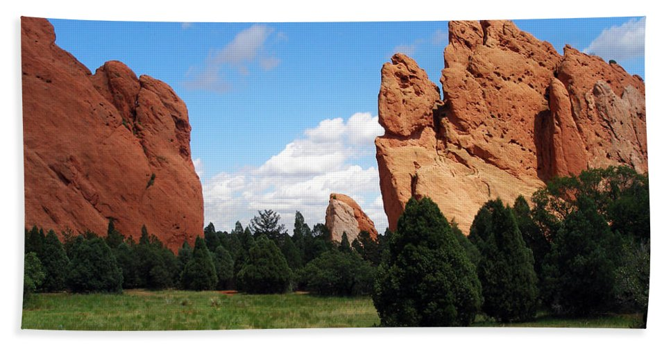Bath Sheet featuring the photograph Garden Of The Gods by David Pantuso