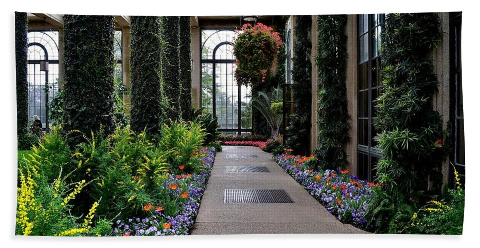 Garden Bath Sheet featuring the photograph Garden Walk Ll by Wanda J King