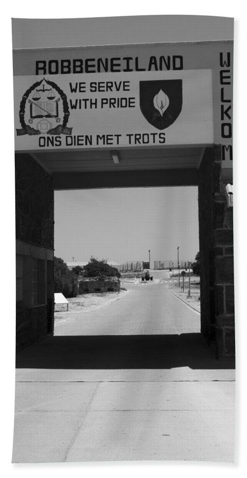 Robben Island Hand Towel featuring the photograph Gateway by Aidan Moran