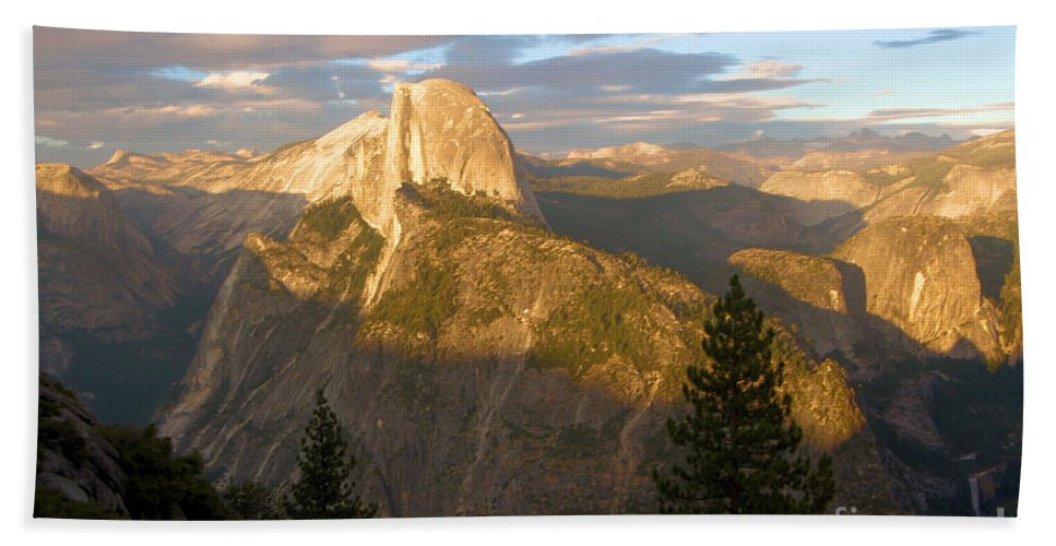 Half Dome Hand Towel featuring the photograph Glacier Point Glow by Adam Jewell