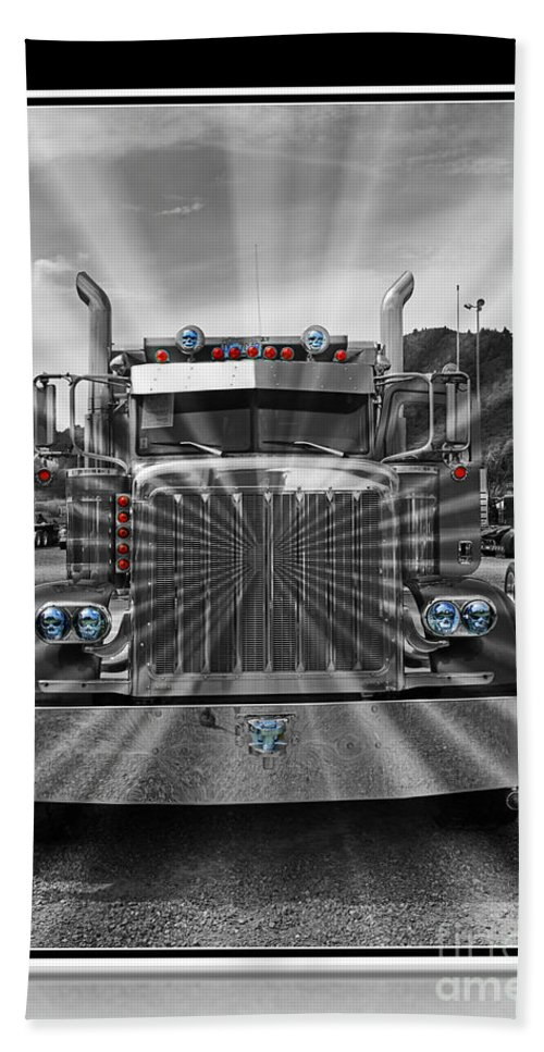 Trucks Bath Sheet featuring the photograph Glowing Pete Abstract by Randy Harris