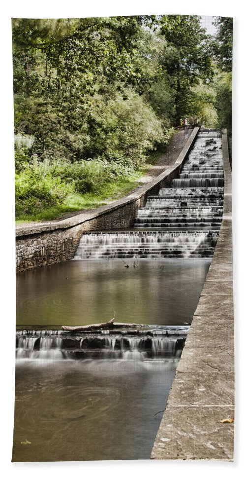 Gnoll Estate Country Park Bath Sheet featuring the photograph Gnoll Country Park 4 by Steve Purnell