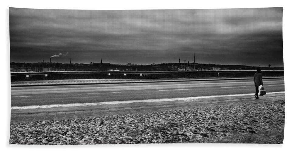 Alone Hand Towel featuring the photograph Going Home...stockholm by Stelios Kleanthous