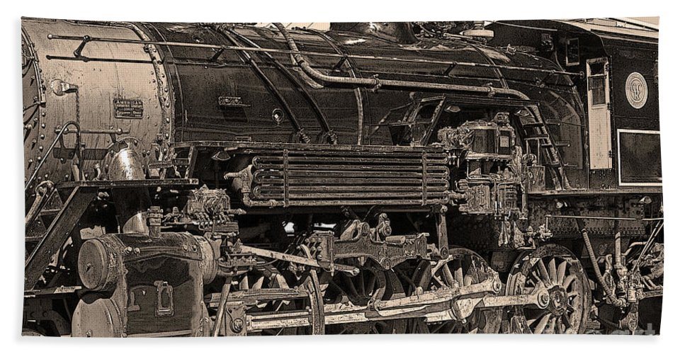 Trains Bath Sheet featuring the photograph Grand Canyon Railroad Locomotive by Randy Harris