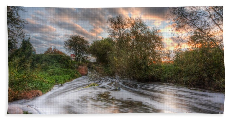 Hdr Bath Sheet featuring the photograph Gush Forth 2.0 by Yhun Suarez