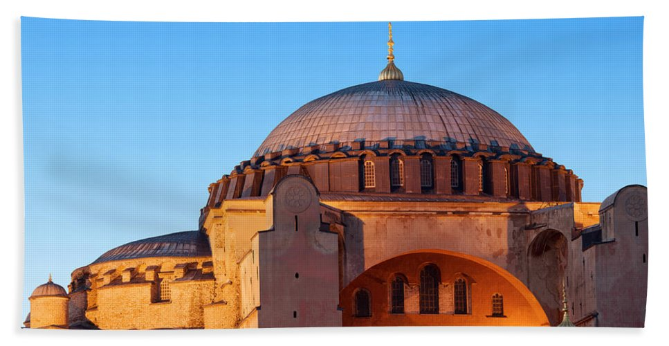 Aghia Bath Sheet featuring the photograph Hagia Sophia In Istanbul by Artur Bogacki