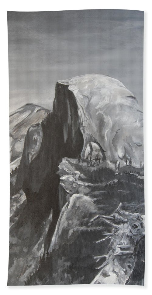 Black And White Painting Bath Towel featuring the painting Half Dome Tree by Travis Day