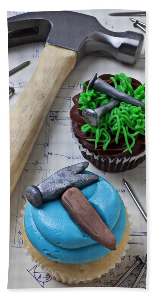 Hammer Bath Sheet featuring the photograph Hammer Cupcake by Garry Gay