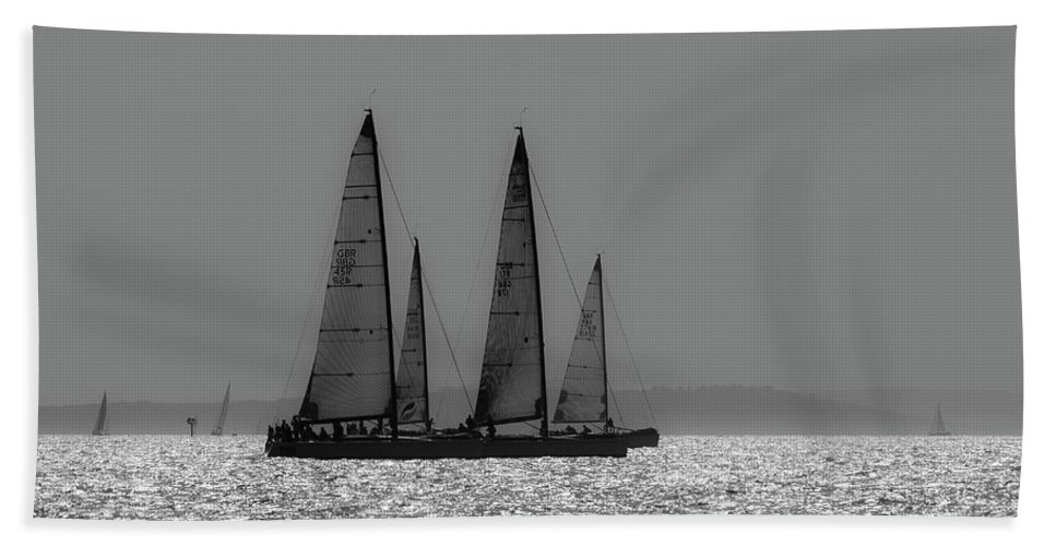 Solent Bath Sheet featuring the photograph Heading Home Bramble Bank by Gary Eason