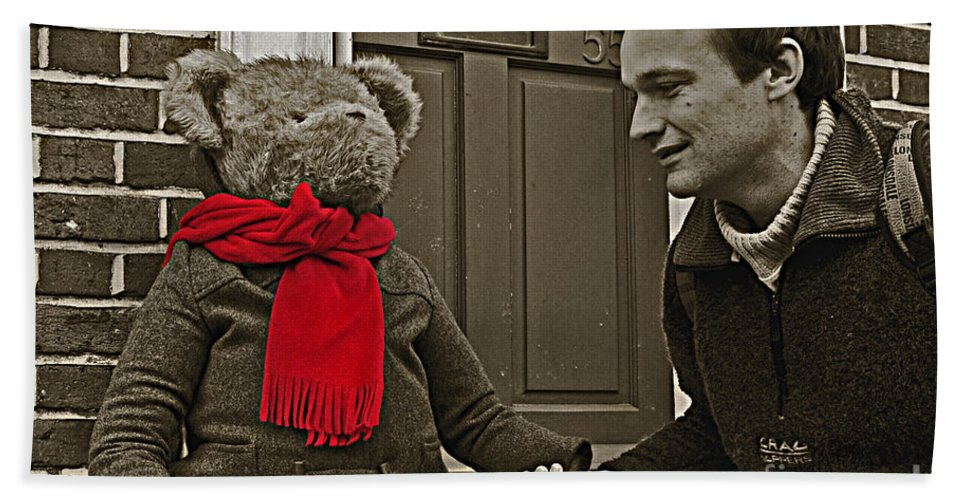 Bear Hand Towel featuring the photograph Hello Mr Bear by Rob Hawkins