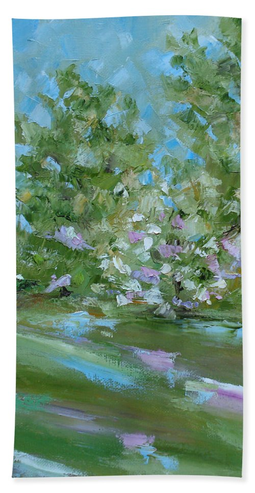 Landscape Bath Sheet featuring the painting Hilltop by Judith Rhue