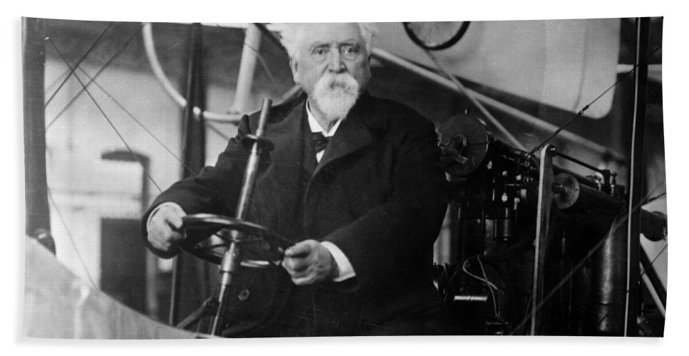 History Hand Towel featuring the photograph Hiram Maxim, American-anglo Inventor by Photo Researchers