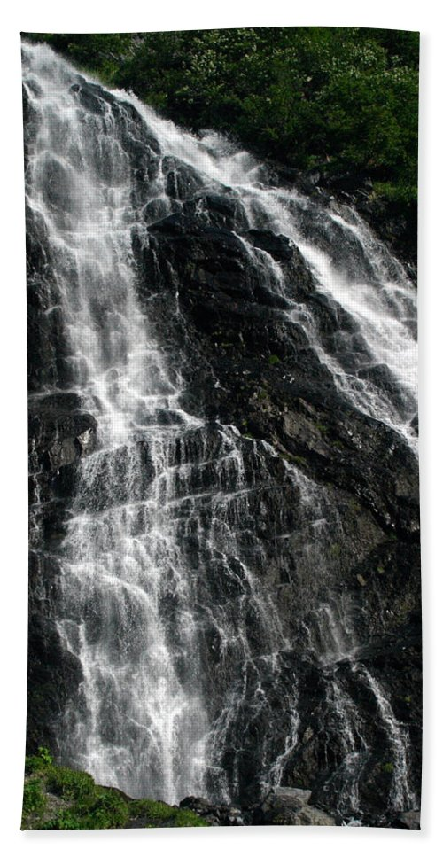 Doug Lloyd Hand Towel featuring the photograph Horsetail Falls by Doug Lloyd