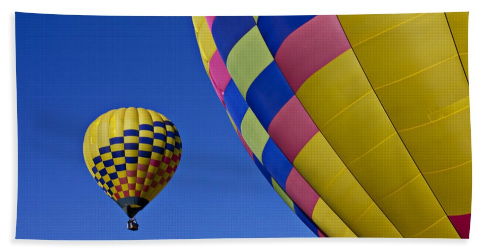 Hot Air Balloons Hand Towel featuring the photograph Hot Air Balloons by Garry Gay