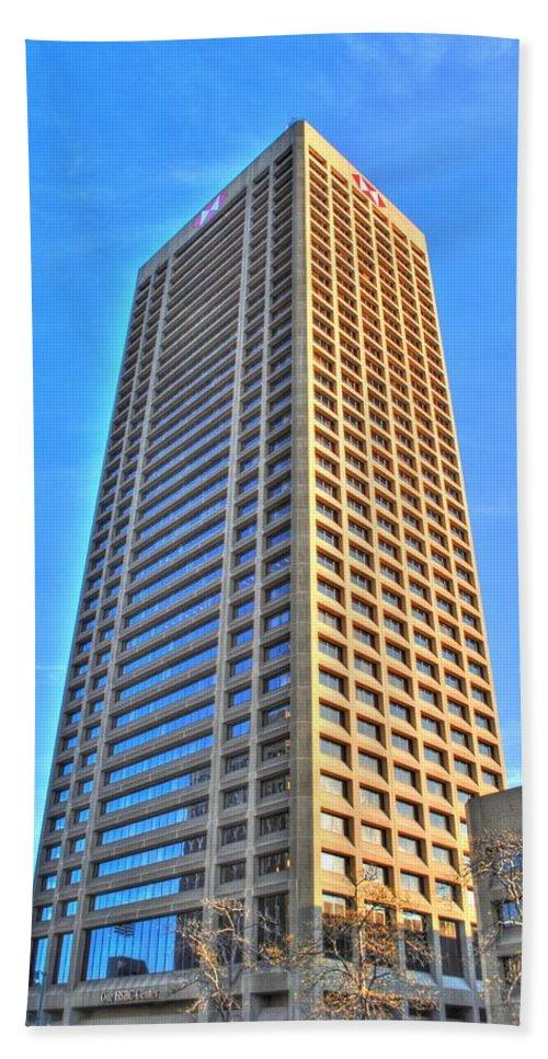 Bath Sheet featuring the photograph Hsbc Tower by Michael Frank Jr