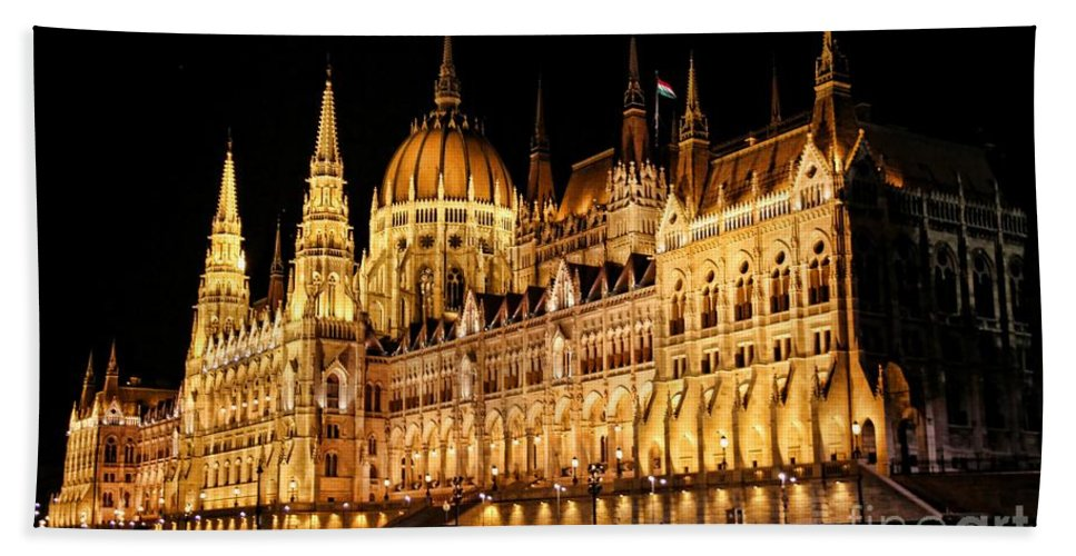 Hungarian Parliament Building Bath Sheet featuring the photograph Hungarian Parliament Building by Mariola Bitner