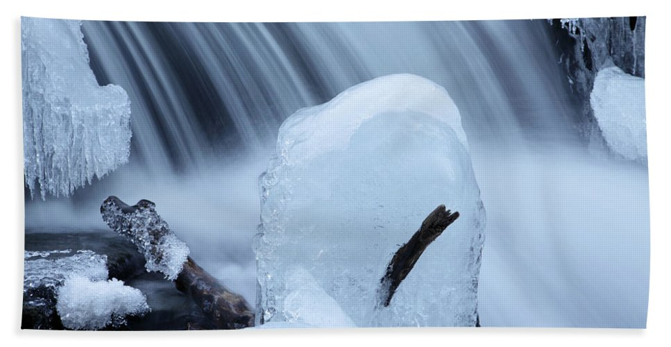 Rapid Bath Sheet featuring the photograph Ice Tombstone Frozen In Time by John Stephens