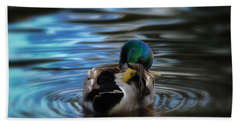 Mallard Bath Sheet featuring the photograph In His Own Moment by Karol Livote