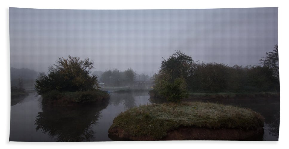 Mist Hand Towel featuring the photograph Island Reflections by Dawn OConnor