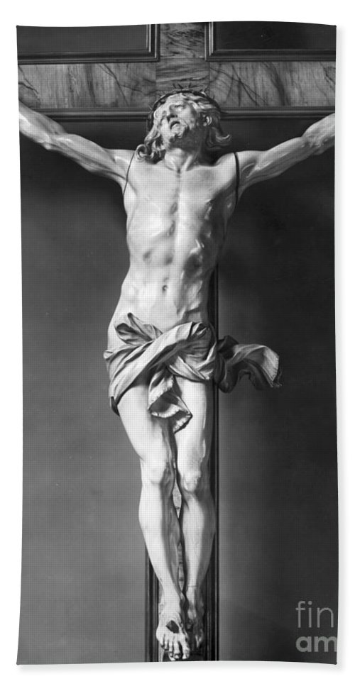16th Century Hand Towel featuring the photograph Ivory Crucifix by Granger