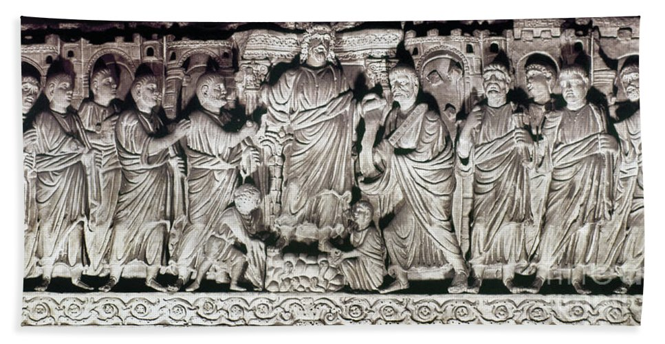 4th Century Hand Towel featuring the photograph Jesus & Apostles by Granger