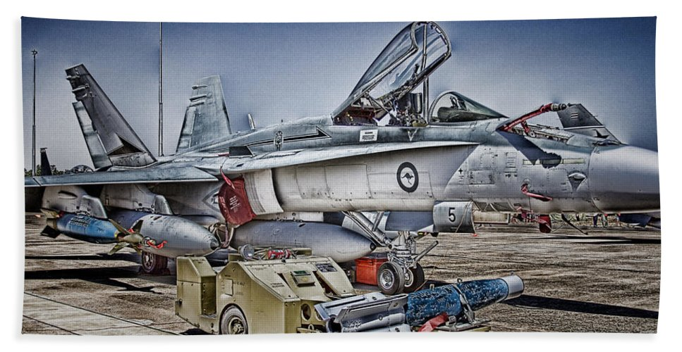 Boeing F/a-18e/f Super Hornet Bath Sheet featuring the photograph Joint Operations V3 by Douglas Barnard